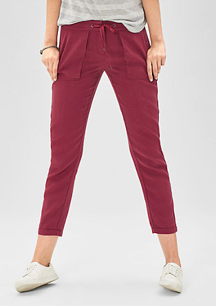 Smart Ankle: fabric trousers with a 7/8-length leg from s.Oliver