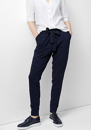 Smart Ankle: Jacquard trousers from s.Oliver