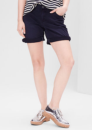 Smart Short: coloured Bermudas from s.Oliver