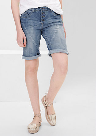Smart shorts: stretch Bermudas from s.Oliver