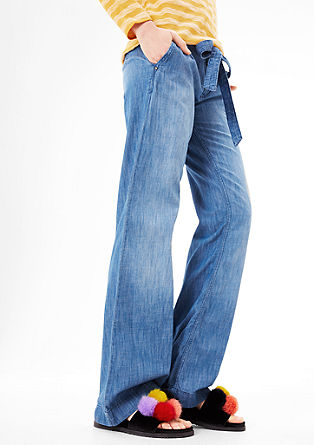 Smart Wide: lightweight denim jeans from s.Oliver