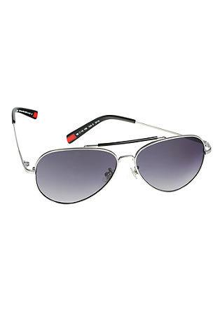 sončna očala v pilotskem slogu