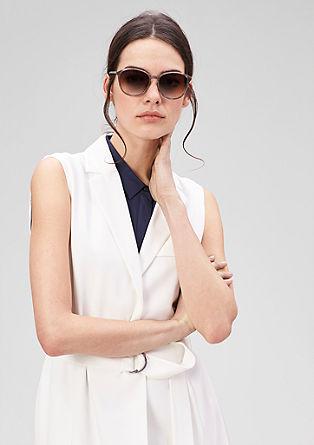 Sonnenbrille mit filigraner Fassung