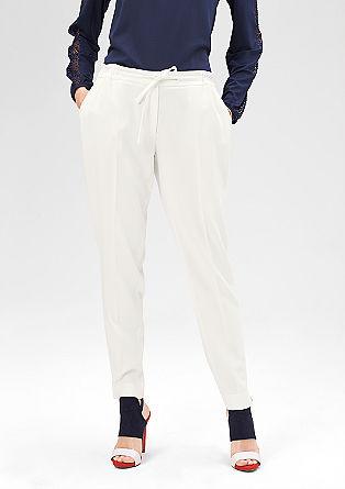 Športne hlače iz blaga z vrvico za zavezovanje