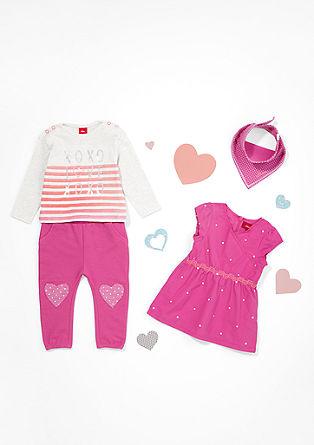 Športne hlače z našitki v obliki srca