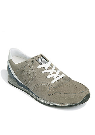 Športni čevlji iz velurnega usnja