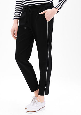 Sporty stretch trousers with a 7/8-length leg from s.Oliver