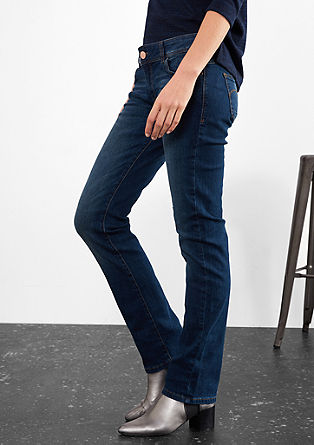 Straight: Stretchige Bluejeans