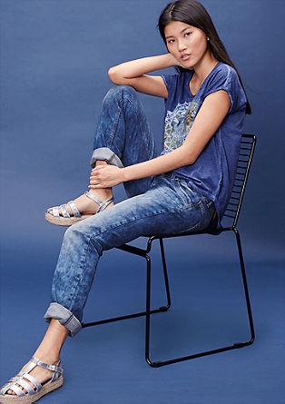 Straight: Used-Jeans mit breitem Bund