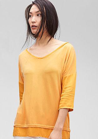 Stretchy shirt van een materiaalmix