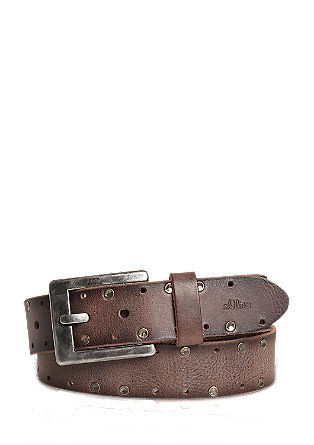 Striking studded leather belt from s.Oliver