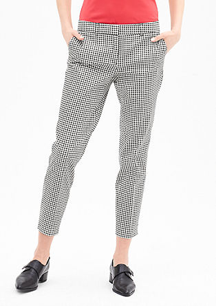Sue Slim: patterned trousers with waist pleats from s.Oliver