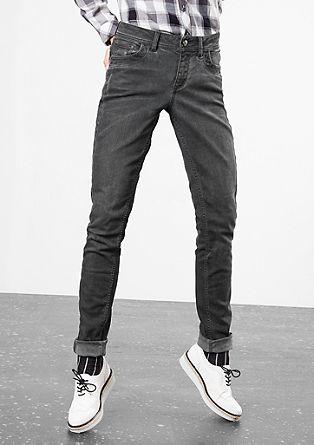 Superslim: raztegljive jeans hlače umazanega videza