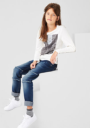 Suri: jeans with distressed details from s.Oliver