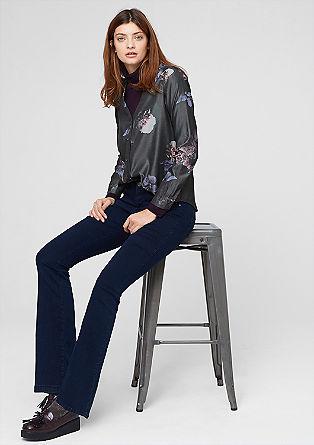 Svilena bluza s pikčastim vzorcem