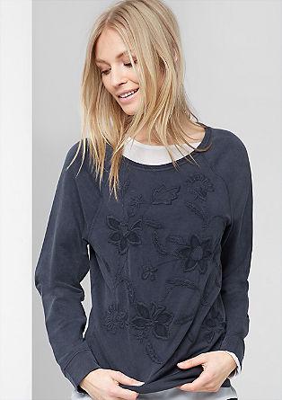 Sweatshirt pulover s cvetlično vezenino