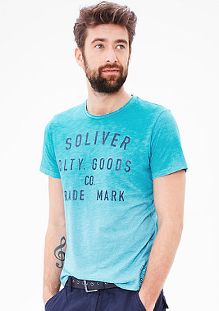 T-shirt in a spray paint look from s.Oliver