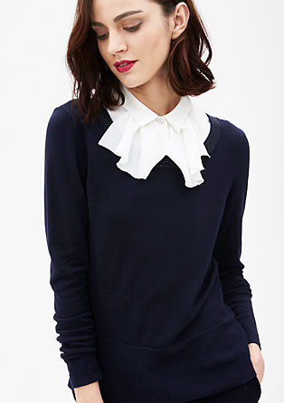 Tanek pleten pulover z okrasnimi kovicami