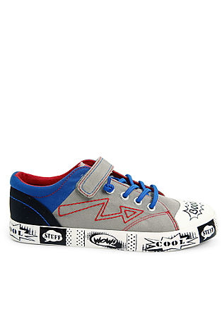 Textil-Sneaker in Comic-Optik