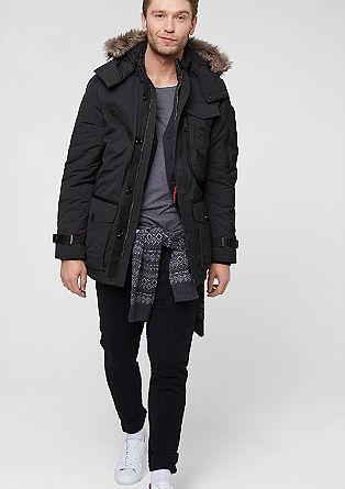 Topla jakna s številnimi žepi