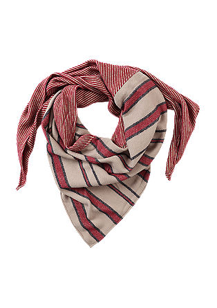 Triangular scarf in a mix of patterns from s.Oliver