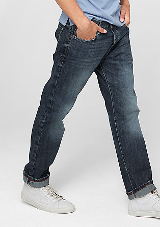 Tubx Straight: jeans with distressed details from s.Oliver