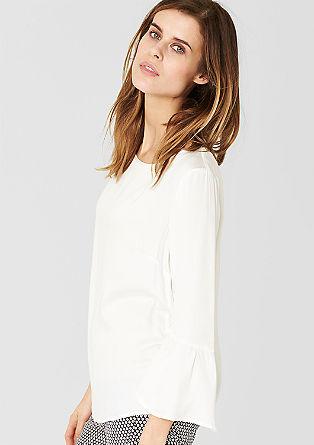 Uitlopende satijnen blouse