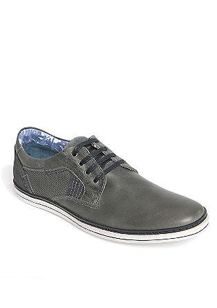 Unsnjeni čevlji z vezalkami in tekstilnimi elementi