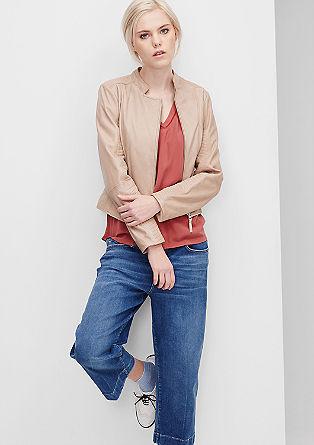 Usnjena jakna s prešivi