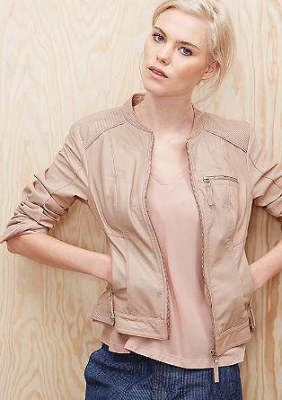 Usnjena jakna z dekorativnimi luknjicami
