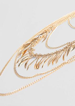 Večkrat nanizana ogrlica z obeski
