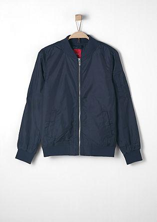Večnamenska bomber jakna