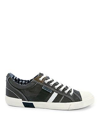 Vintage sneakers van textiel