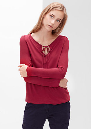 Viscose shirt in O-shape