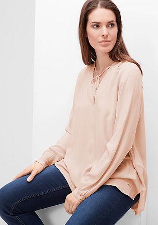 Viskozna bluza z okrasnim trakcem