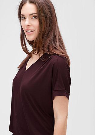 Viskozna majica z izrezom v obliki črke Y