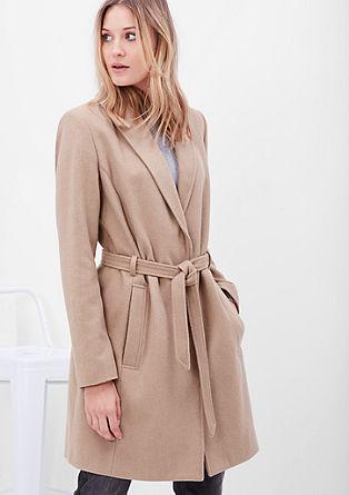 Vlněný kabát s opaskem