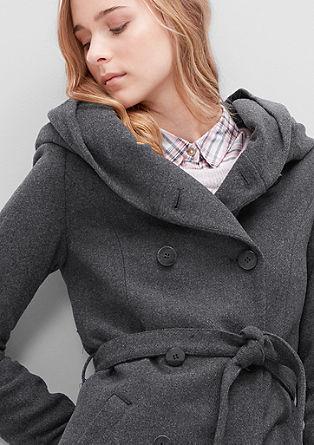 Vlněný kabát s velkou kapucí