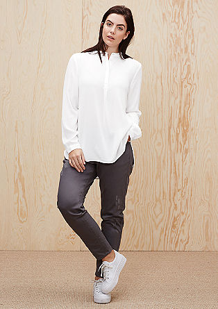 Vokuhila-Bluse aus Crêpe
