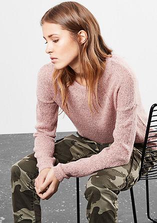 Volně pletený pulovr