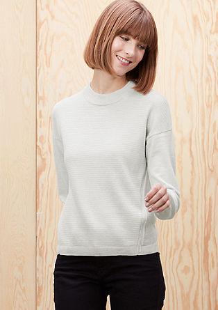 Volnen pulover z mešano teksturo