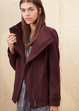 Volnena jakna z visokim stoječim ovratnikom