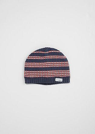 Vzorčasta pletena kapa