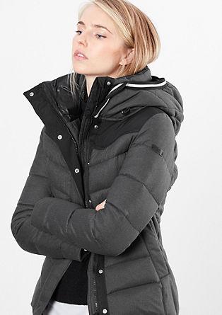 Warme donzen jas met contrasten