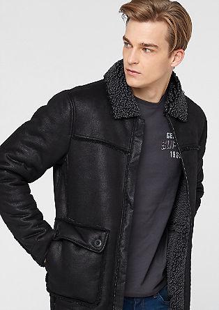 Warme Jacke aus Lederimitat