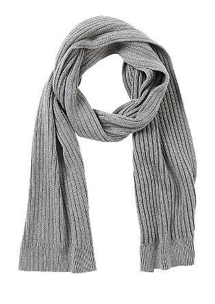 Weicher Rippstrick-Schal