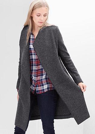 Wollen jas met onafgewerkte randen