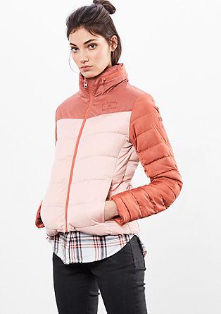 zateplená bunda s dvoubarevným vzhledem