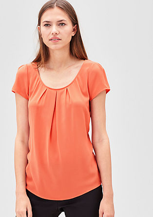 Ženstvena bluzna majica