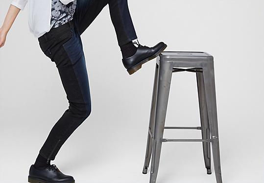 oliver denim catie slim two tone jeans up to 79 99 eur now 55 99 eur. Black Bedroom Furniture Sets. Home Design Ideas